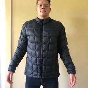 Oakley puffer jacket
